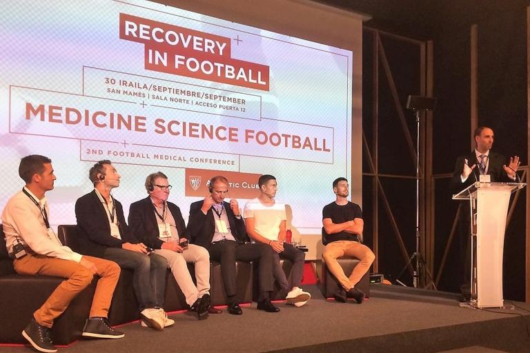 El Dr. Pérez de Ayala presente en la jornada [Medicine, Science and Football] que organizan los SSMM del Athletic Club de Bilbao