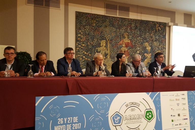 El Dr. Pérez de Ayala asiste al XXI Congreso de AEMEF