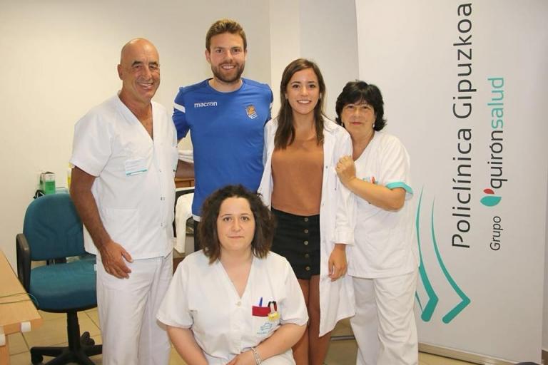 El Dr. Pérez de Ayala coordina los reconocimientos médicos de pretemporada de la Real Sociedad de Fútbol en Policlínica Gipuzkoa